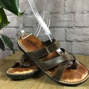🍃 Minnetonka brown leather size 7 sandals